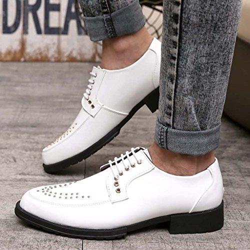 ZXCV Scarpe all'aperto Fashion England Leisure Pointed Lace Low To Help Scarpe da lavoro Scarpe da uomo Rivet da uomo Bianca