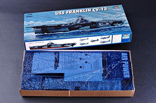 Trumpeter 05730 Modellbausatz Flugzeugträger USS Franklin CV-13