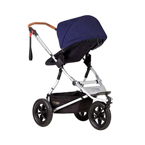 Mountain Buggy Model: Urban Jungle Luxury Collection Nautical Including Changing Bag and Baby seat (carrycot Plus) Mountain Buggy Box contents: 1 Mountain Buggy Urban Jungle Luxury Collection Nautical including changing bag and baby seat (carrycot plus) Product weight: 11.5 kg Seat load: 25 kg 7