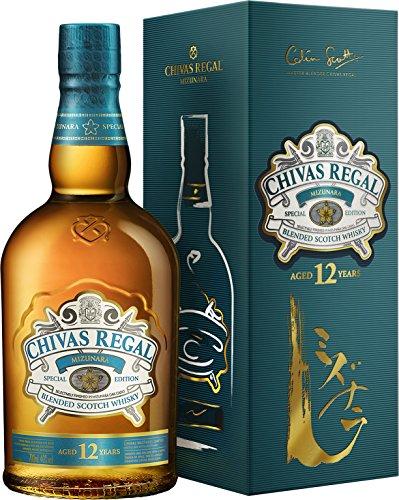 Chivas Regal MIZUNARA Blended Scotch Whisky mit Geschenkverpackung (1 x 0.7 l)