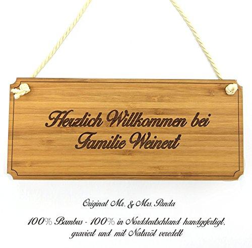 Mr. & Mrs. Panda Türschild Nachname Weinert Classic Schild - 100% handgefertigt aus Bambus Holz - Anhänger, Geschenk, Nachname, Name, Initialien, Graviert, Gravur, Schlüsselbund, handmade, exklusiv