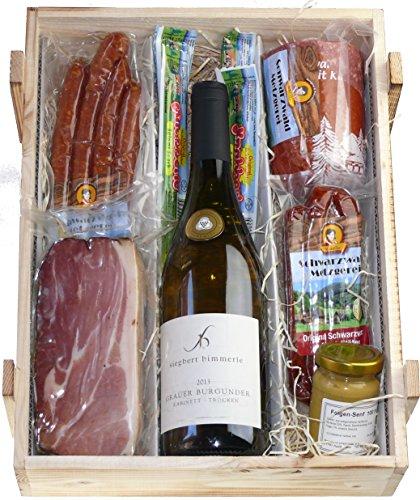 Schwarzwald Metzgerei: Schwarzwald Holzkiste – Weißwein in Präsentkiste mit Wurst und Schinkenspezialitäten