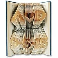 Zwei Initialen mit ein Herz und Datum in den Seiten eines Buches gefaltet - handgemacht von BookArt4U