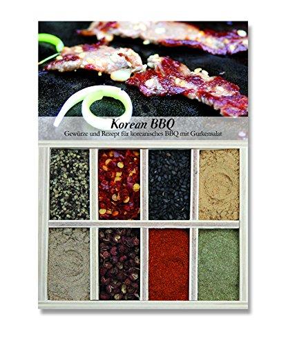 Korean BBQ – 8 Gewürze Set für das koreanische BBQ mit Gurkensalat (40g) – in einem schönen Holzkästchen – mit Rezept und Einkaufsliste – Geschenkidee für Feinschmecker von Feuer & Glas (Barbecue-grill Korean Tisch)