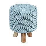 Homescapes Moderner Strick Sitzhocker hellblau Fußhocker Schemel 32 x 32 x 42 cm mit gestricktem Baumwoll Bezug und Holzbeinen