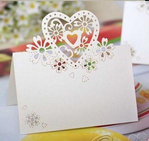k Laser Schnitt Love Herz mit Blumen Hochzeit Tabelle Zahlen Namen Ort Karte Bridal Dusche Favor/weiß Love Heart Laser Cut Tischkarten für Hochzeit Party Favor Dekoration ()