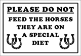 humoristique Don't Feed The Chevaux Special Diet Farm, Safari, Zoo, d'animaux–1.2mm rigide en plastique 300mm x 200mm