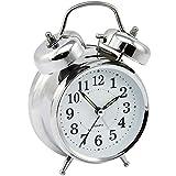 com-four® analoger Retro-Wecker aus Metall, Glockenwecker in Chrom-Optik mit beleuchtetem Ziffernblatt, 17,5 x 12,5 cm