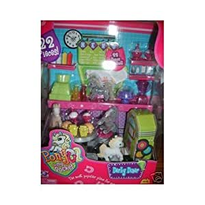 Pony In My Pocket 22 Pieces Playset - Derby Diner with 4 Pocket Ponies, Table, 2 Chairs, 2 Hamburgers, 2 Fries, 2 Ice Cream Sundaes, 2 Root Beer Floats, Dessert Platter with Lid, Ketchup, Mustard, Cash Register, Blender, a Towel and Cardboard Music Jukebox
