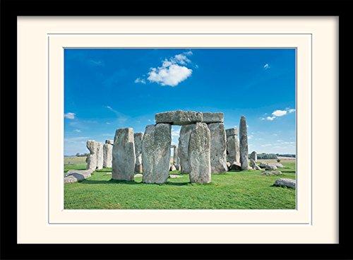 Stonehenge 'Vintage Werbung' montiert und gerahmt Print, Mehrfarbig, 30x 40cm
