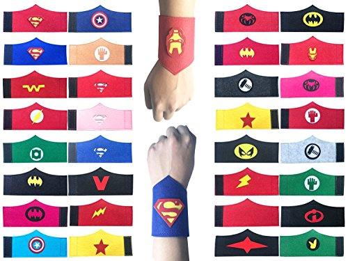 32 Pack Superhero Armband für Kinder Jungen und Mädchen Superhero Birthday Party Supplies Gefälligkeiten, Superhero Filz Armreif, Armband Zubehör ()