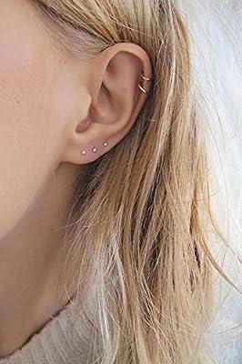 ? MINI POINT PLUG ? petites boucles d'oreilles délicates