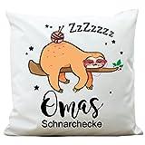 """Kissen """"Omas Schnarchecke"""" mit Faultier von Wandtattoo-Loft ® / Aus 100 % Polyester 40 x 40 cm / Mit Füllung und hochwertigem Aufdruck / Waschbar"""