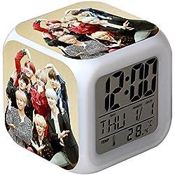Skisneostype KPOP BTS - Reloj Despertador Digital LED de 7 Colores con diseño de Dibujos Animados para niños