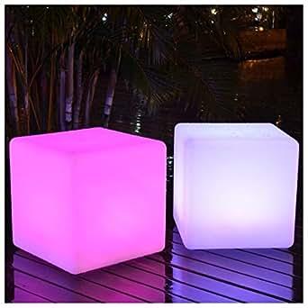 Cube 30cm lumineux LED avec télécommande
