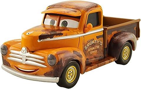 Disney Cars DXV37 Cars 3 Smokey Vehicle
