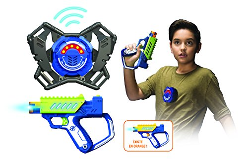 Silverlit Lazer M.A.D Gun First OPS Equiped with Basic Blaster, M.A.D Target, X Strap, Upgradable