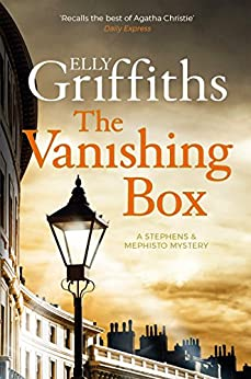The Vanishing Box: The perfect chilling read for Christmas (Stephens & Mephisto Mystery Book 4) by [Griffiths, Elly]