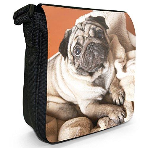 Carlino Pugs Love Little Cani Piccola Borsa a tracolla tela nera, misura piccola Pug Looking Whilst On Towel