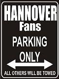 Indigos UG - Parking Only - Hannover - Garage / Carport - Parkplatzschild 32x24 cm schwarz/silber - Alu-Dibond - Folienbeschriftung