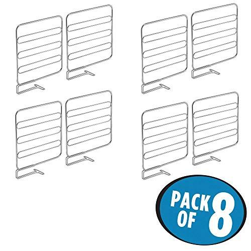 mDesign 8er-Set Regaltrenner für den Kleiderschrank - praktisches Kleiderschranksystem aus Metall - nützliches Regalsystem ohne Bohren - Silber - Regal Teiler Set