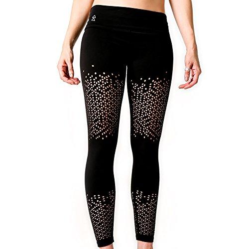 Peek-a-Boo Leggings von Yoga Design Lab. Luxuriöses Innenmaterial, Hautenge Kompressions Technologie und mit durchsichtigen Mustern. Yoga Hose...