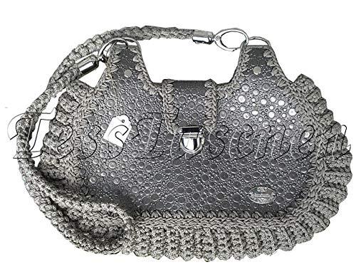 Damen Schultertasche Silberne Tasche mit Prägung Lackirte graue Tasche mit Muster Cross-body Tasche mit geflochtenem Gurt Lackleder Vegan Leder Ungewöhnliches Design Hobo Tasche -