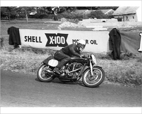 photographic-print-of-j-e-herron-norton-1955-lightweight-ulster-grand-prix