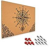 Navaris Kork Pinwand Memoboard Tafel - 70x50cm Pin Board Korkwand mit Stecknadeln Fahnen Montageset - Pinnwand Memo Korktafel - Kompass Barock Design