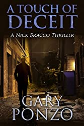 A Touch of Deceit (A Nick Bracco Thriller Book 1) (English Edition)