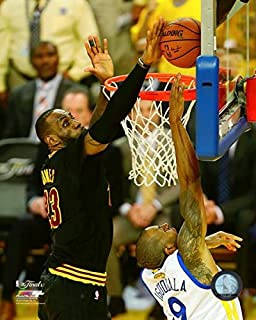 Lebron James With The Nba Championship Trophy Game 7 Of The 2016 Nba Finals Photo Print 20 32 X 25 40 Cm Amazon Co Uk Kitchen Home