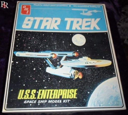 Star Trek USS Enterprise Space Ship Model Kit by AMT Ertl