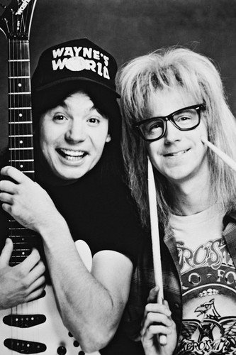 Moviestore Mike Myers als Wayne Campbell unt Dana Carvey als Garth Algar in Wayne's World 91x60cm Schwarzweiß-Posterdruck