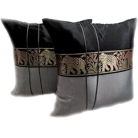 Thaimart Pillow Satin and Thai Silk Lot de 2 housses de coussin décoratives de fabrication artisanale avec bande à motif éléphant 40 x 40 cm