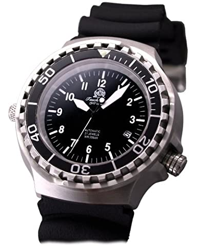 Military diver watch