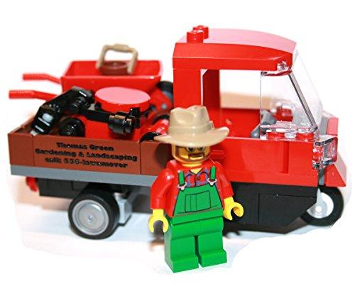 Preisvergleich Produktbild Lego Custom Built Gärtner mit Piaggio Ape rot by Hall of Bricks