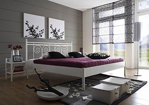 XXS® Kreta Metallbett in weiß, stabiles Bett in romantischem Design, hohes verspieltes Kopfteil, zeitloses Bett für Ihr Schlafzimmer, 180 x 200 cm