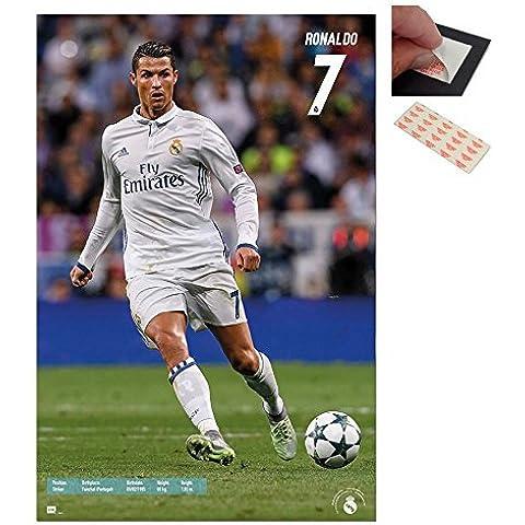 Lote - 2 Artículos - Real Madrid Ronaldo 2016 - 2017 Póster - 91.5 x 61cms (91.4x61cm) y un Juego de 4 Adhesivos Recolocables Para Fácil Fijación De