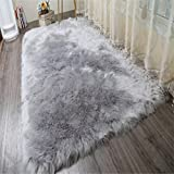 Faux Lammfell Schaffell Teppich Lammfellimitat Teppich Longhair Fell Optik Nachahmung Wolle Bettvorleger Sofa Matte (Grau, 80X180CM)