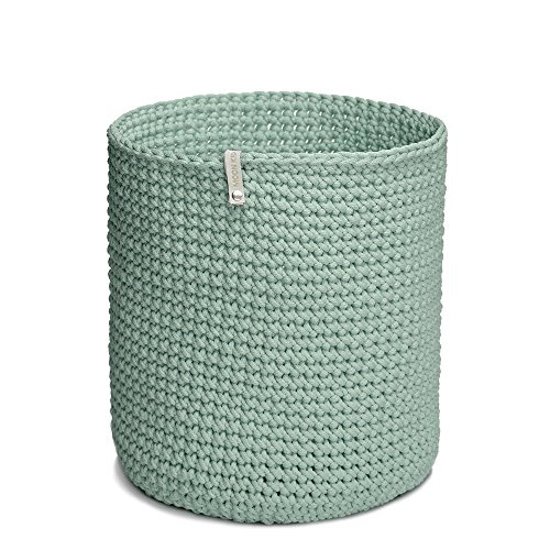 handmade-crocheted-basket-minty