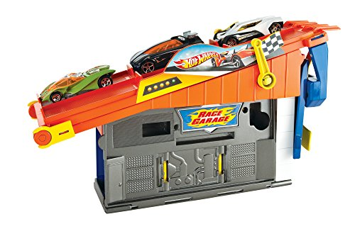 hot-wheels-rooftop-race-garage-playset-with-vehicle