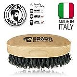 Spazzola per barba uomo. 100% naturale. Legno di faggio e pura setola di cinghiale. 100% made in Italy. by IPPA
