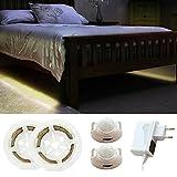 Cadrim Lumière de Ruban LED Intelligent & Bande Lumineuse de Détecteur de Mouvement , Lampe Autocollant pour Lit / Miroir / Salle de Bain / Armoire / Escalier / Couloir … (deux capteur)