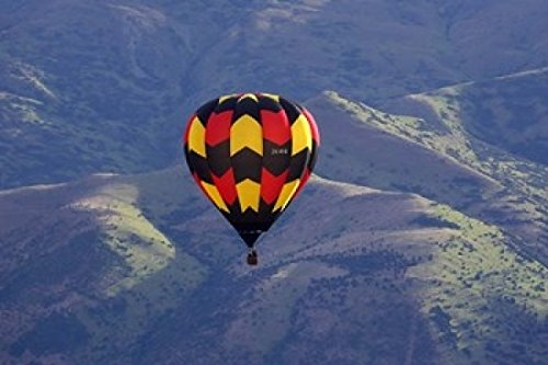 david-wall-danitadelimont-hot-air-balloon-and-mountains-south-island-new-zealand-photo-print-6096-x-
