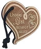 endlosschenken Schlüsselanhänger Herz aus Holz mit Gravur Unsere Liebe besiegt Alles Geschenk für Frau Oder Mann Anhänger Original