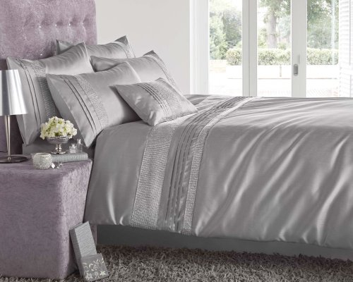 SINGLE BED SIZE – DIAMANTE EMBELLISED SINGLE DUVET SETS IN BLACK, SILVER OR WHITE (Silver Grey)