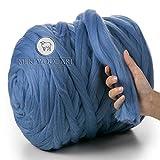 MeriWoolArt 100% Lana Merino, Filato Grosso, Super Morbido 25 Micron Extra Spesso   4-5 cm  , Maglia per Braccio, Coperta, tiro, Sciarpe, rollio, filatura, feltratura (Light Blue, 250g)