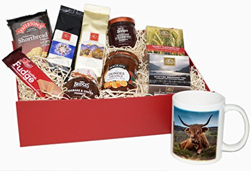 Scottish Highland Cow Christmas Hamper. Fine hamper of quality gourmet food for Christmas, birthdays or a special occassion..