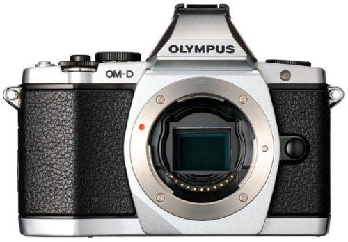 Olympus E-M5 OM-D Gehäuse kompakte Systemkamera (16 Megapixel, 7,6 cm (3 Zoll) Display, bildstabilisiert) silber