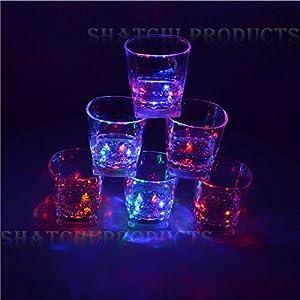 Gifts 4 All Occasions Limited SHATCHI-603-4 copas de vino con luz LED intermitente Shatchi para Halloween, despedidas de soltera, multicolor